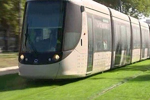 Le nouveau tramway du Havre sera-t-il gratuit au-delà des cinq jours suivant son inauguration ?