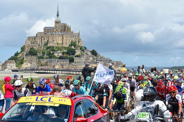 Le Grand Départ du Tour de France 2016 au Mont-Saint-Michel dans la Manche