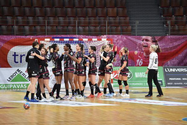 Le BBH lors de son match à domicile contre Saint-Amand Les Eaux le 4 novembre 2020. Les Brestoise cumulent les victoires