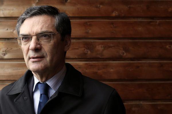Patrick Devedjian, Député (UMP) et Président du Conseil Général des Hauts-de-Seine, devient le nouveau Président de Paris Metropole.