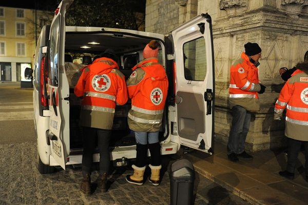 Les maraudes continueront à Poitiers malgré la levée du Plan grand froid. Photo d'illustration.