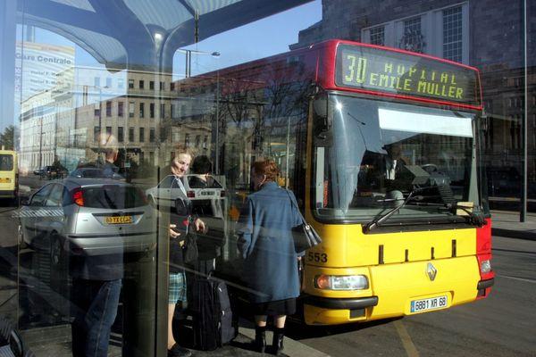A Mulhouse, les transports en commun deviennent gratuits à partir du 4 janvier pour les Mulhousiens de plus de 65 ans.