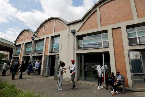 Un nouveau centre d'accueil de jour a ouvert près de la Porte de la Chapelle.