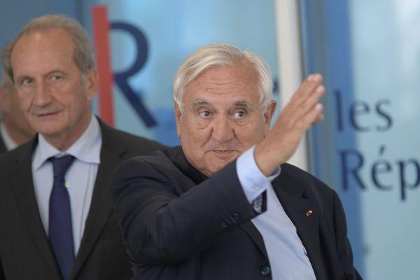 Jean-Pierre Raffarin, le 12 juin dernier, à la sortie du bureau politique Les Républicains