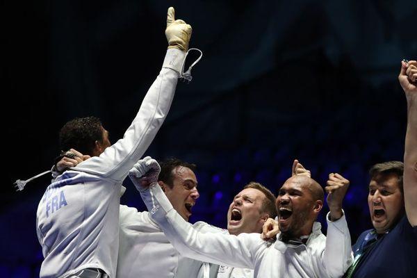 Les épéistes français Yannick Borel, Daniel Jerent, Ronan Gustin et Alexandre Bardenet sont devenus champions du monde par équipes lundi 22 juillet 2019.