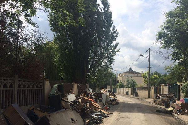 Le quartier Blandin de Villeneuve-Saint-Georges croule encore sous les gravats