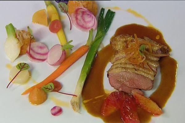 """Un plat du restaurant étoilé """"Mon plaisir"""" à Chamesol, dans le Doubs"""