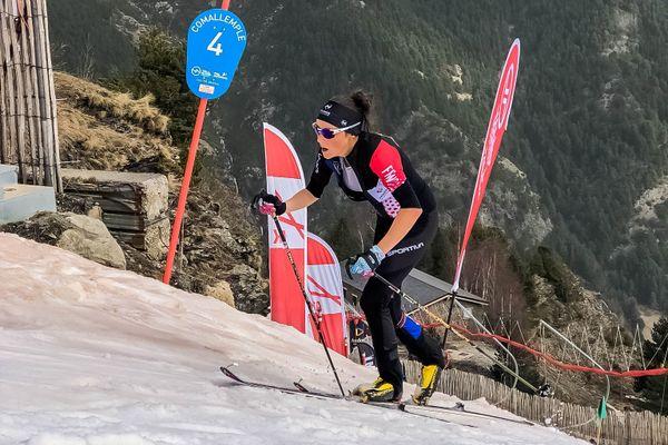 Axelle Gachet-Mollaret championne du monde de Vertical Race en ski alpinisme en Andorre.