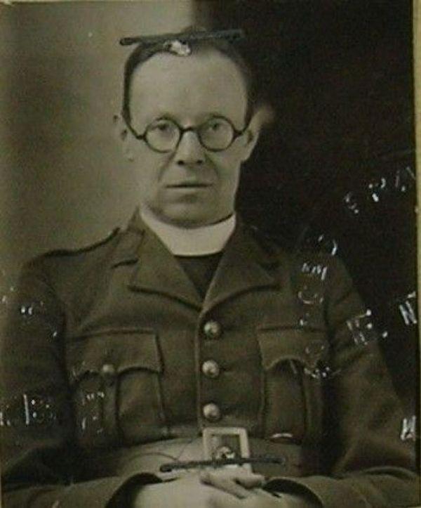 L'Abbé Léon Trentesaux, sous -lieutenant de l'Armée française.