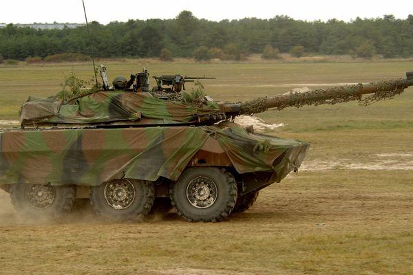 C'est aux commandes d'un char AMX 10RC, similaire à celui-ci en entrainement, que le légionnaire du 1er régiment étranger de cavalerie a causé un accident.
