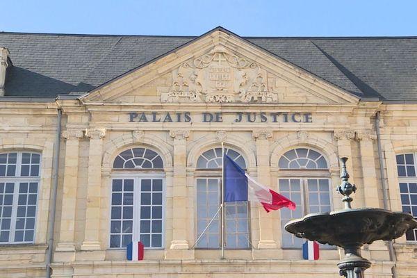 Le palais de justice de Nevers, dans la Nièvre
