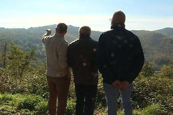 Maureillas-las-Illas (Pyrénées-Orientales) - des opposants à l'implantation d'un parc éolien en Vallespir se mobilisent - 2019.