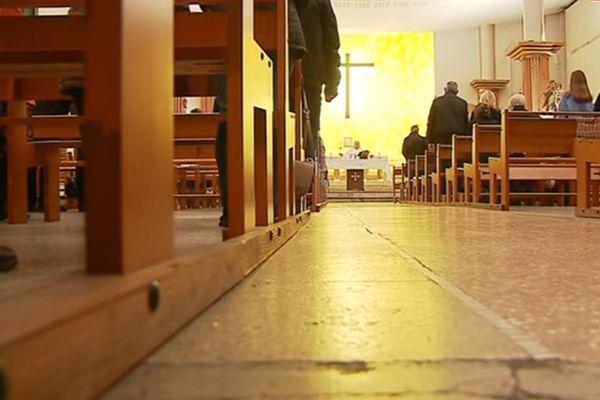 Une église de Nice lors de la messe.