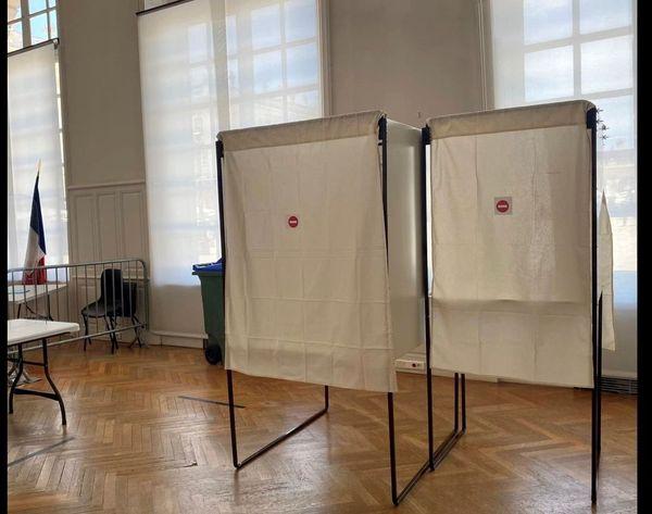 Les détenus pourront voter les vendredi 18 et 25 juin. Ici présentation des bureaux de vote le mardi 15 juin à la mairie de Nancy.