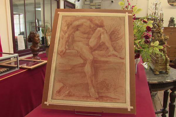 L'académie d'homme (56 X 42,5 cm) attribuée à Gian Lorenzo Bernini a été découverte à Compiègne