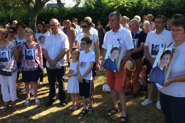 Les habitants de la commune ont rendu un hommage silencieux à Coralie Normand ce samedi 6 juillet