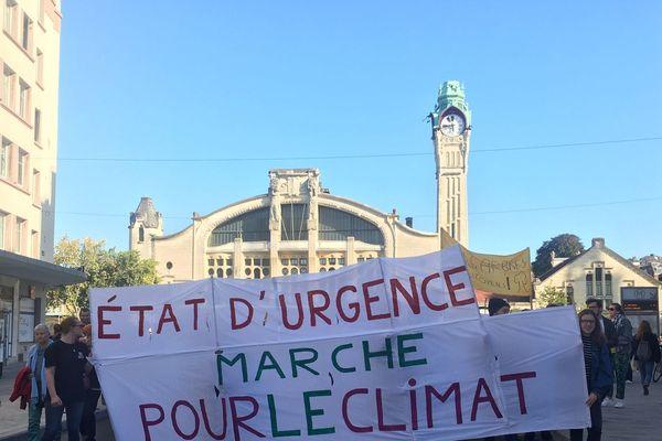 Des milliers de manifestants pour l'urgence climatique à Rouen samedi 21 septembre 2019.