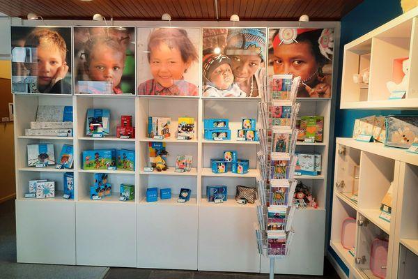 Les cadeaux solidaires de la boutique UNICEF de Metz située 25, rue du Cambout
