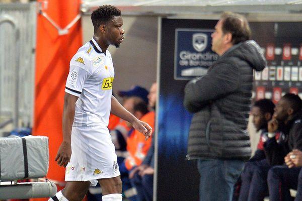 L'expulsion de Traoré à la 34ème minute n'a pas empêché les Angevins de s'imposer à Bordeaux, le 16 avril 2016.