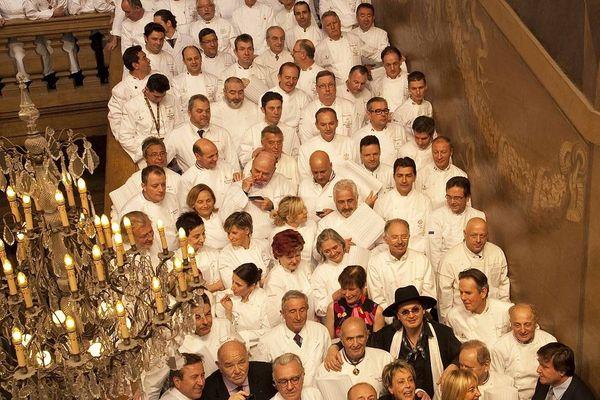 25/01/2011 Les grands chefs du monde rendent hommage à Paul Bocuse. Une première édition du Dîner des Grands Chefs à l'Hôtel de ville de Lyon, dans le cadre du SIRHA.