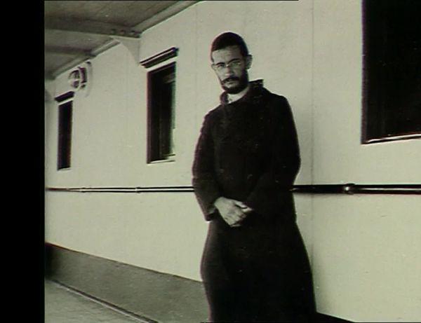 Max Bougon en route pour la Chine à bord de l'André-Lebon, en 1929.
