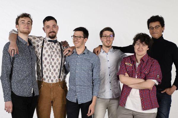 Les 6 jeunes réalisateurs de l'ESMA, fiers de défendre la France à Los Angeles le 29 janvier prochain avec leur film  « Œil pour Œil ».