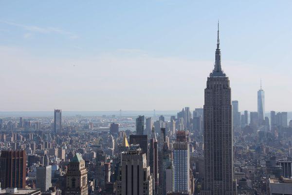 L'Empire State Building à New York, vu du Top of the Rock, mai 2018