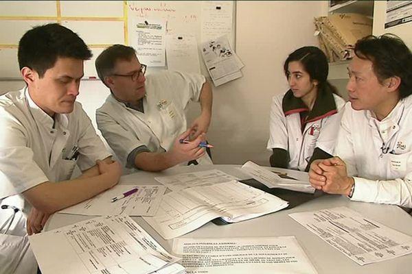 Dans ce service, les médecins s'intéressent à l'ensemble des organes internes du patient.