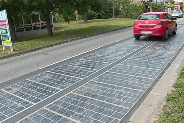 Cette route solaire est un concentré d'innovation.