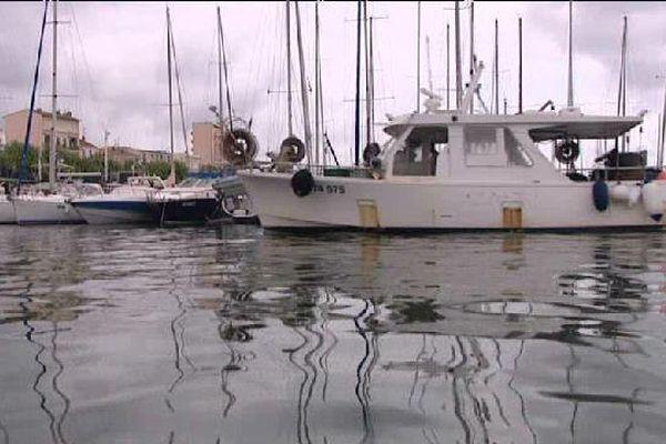 Un navire de retour de pêche.