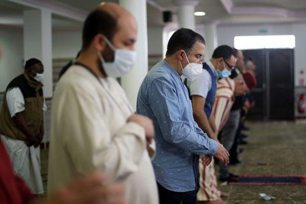 Prière à la mosquée sous protocole sanitaire