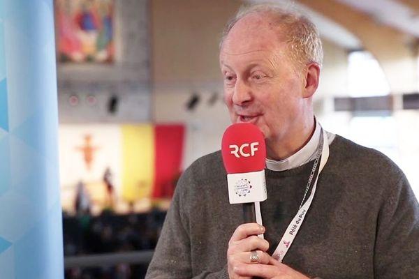 L'évêque Monseigneur Luc Crepy.