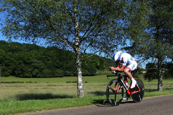 Thibaut Pinot sacré champion de France 2016 du contre la montre