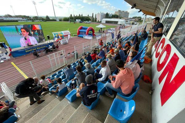 Tous les proches de Sandrine Martinet étaient réunis au stade Émile-Vanier à Mâcon pour assister à sa finale.