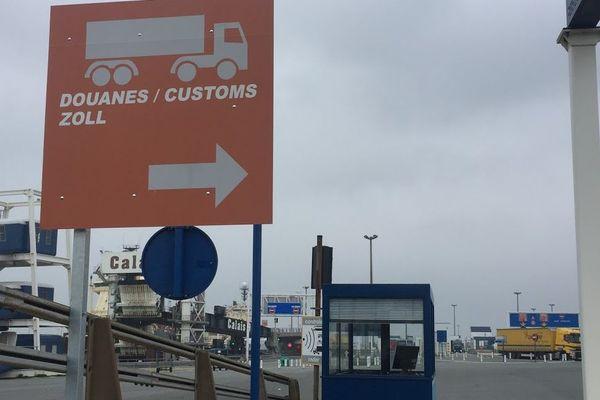 Zone de contrôle douanier du port de Calais