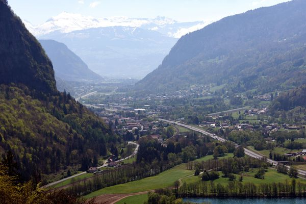 La vallée de l'Arve, régulièrement concernée par des pics de pollution atmosphérique aux particules fines. Photo d'illustration.