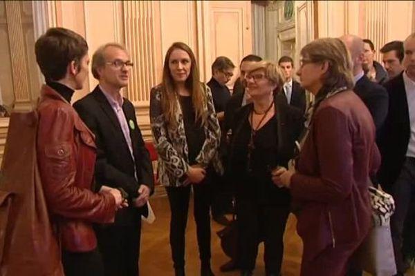 En préfecture de l'Isère, le rapprochement entre les listes PS et EELV a débuté dès dimanche soir