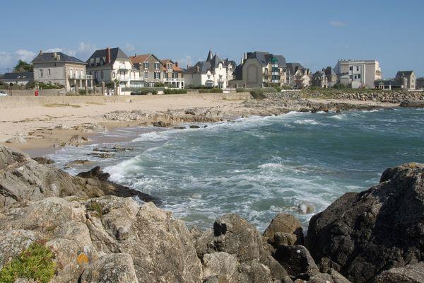 La côte atlantique sur la commune de Batz-sur-Mer (Loire-Atlantique).