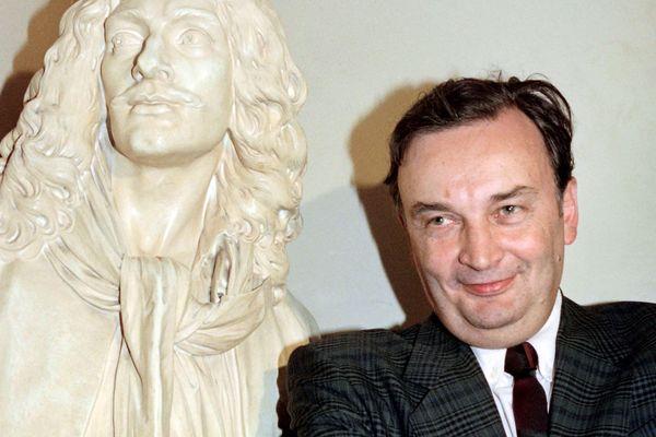 Né à Clermont-Ferrand en juillet 1936, Jacques Lassalle s'est éteint mardi 2 janvier à l'âge de 81 ans.