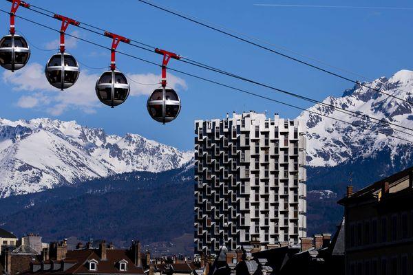 Le mercure devrait atteindre les 20 degrés à Grenoble et Chambéry, ce mercredi 11 mars.