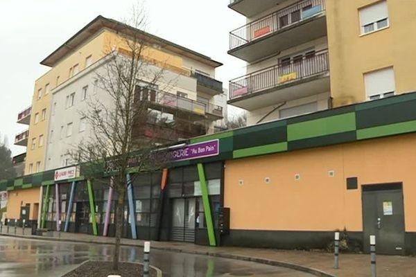 L'incendie a ravagé le parking souterrain de cet immeuble du quartier des Clairs-Soleils.