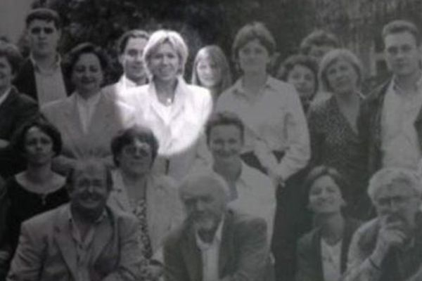 Brigitte Auzière, sur une photo de professeurs de la Providence dans les années 90