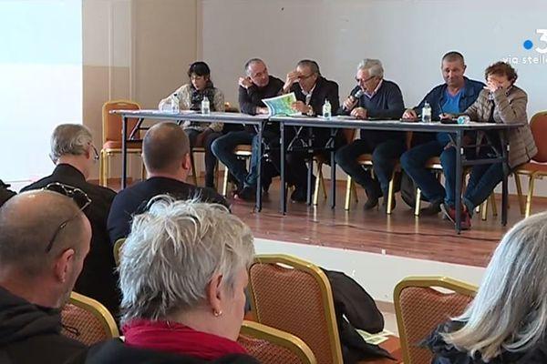 Ce samedi 7 décembre, élus et habitants du Cap Corse se sont réunis à l'occasion d'une réunion publique autour des déchets.