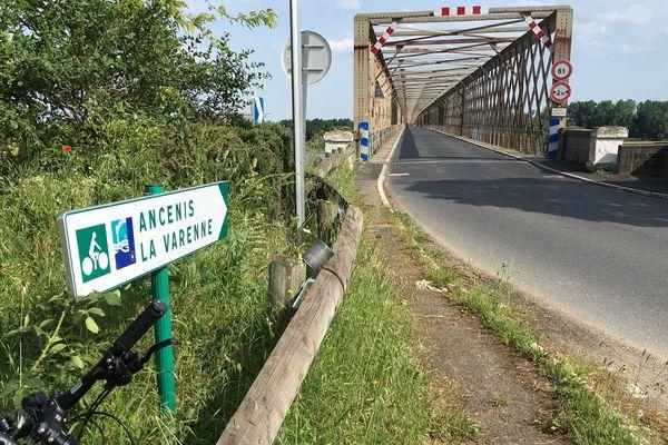 Le pont de Mauves-sur-Loire en juin 2017
