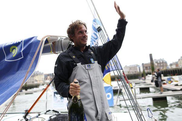 Charlie Dalin vainqueur de la dernière étape de la Solitaire du Figaro à Dieppe