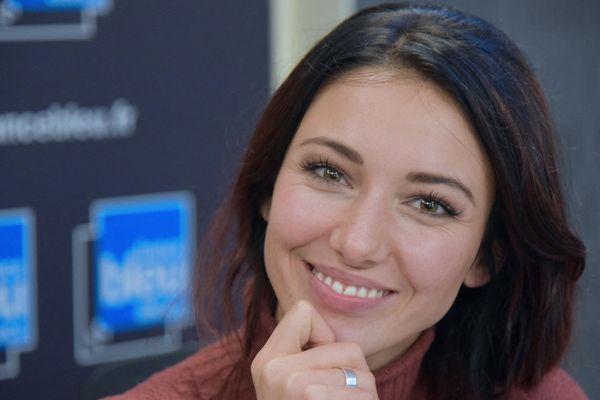 Delphine Wespiser, Miss France 2012, reste, elle aussi, confinée en Alsace.