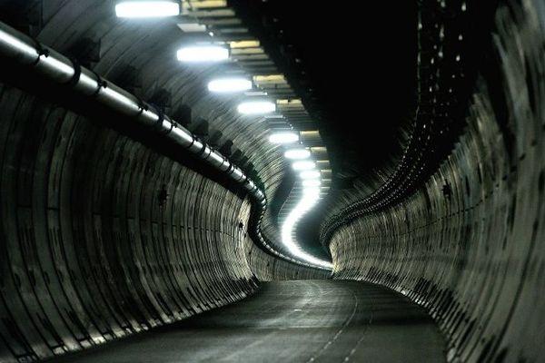 Malgré le tunnel qui les relie, l'Angleterre et le Nord Pas-de-Calais restent encore deux mondes que tout ou presque sépare.