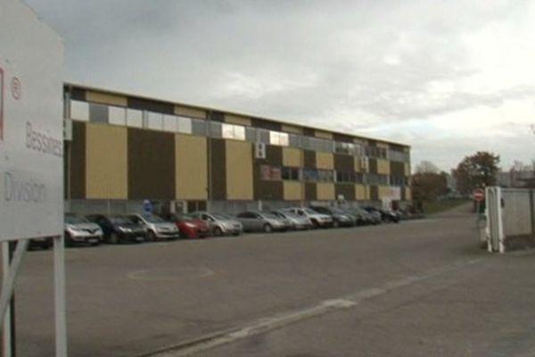 Dans le projet d'offre de reprise du site Altia de Bessines, 92 postes seraient conservés sur 149