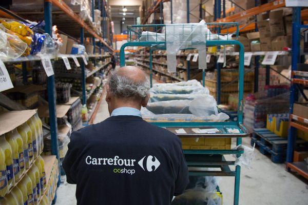 Une société, assurant les livraisons et préparations de commandes pour l'enseigne Carrefour, a été condamnée le 11 mai 2020 par le tribunal de Lyon, pour défaut de protection de ses salariés face à l'épidémie de coronavirus.