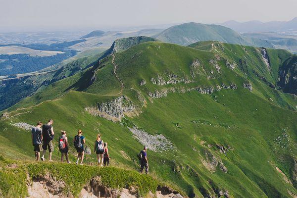 Les Monts Dore, par leurs paysages spectaculaires, attirent chaque année de nombreux touristes.